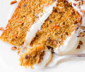Reteta Carrot cake (prajitura cu morcov)